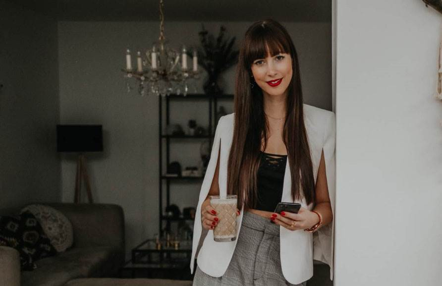 .comTessa Influencer Agentur - Referenzen - Podcast mit  Tessa Saueressig