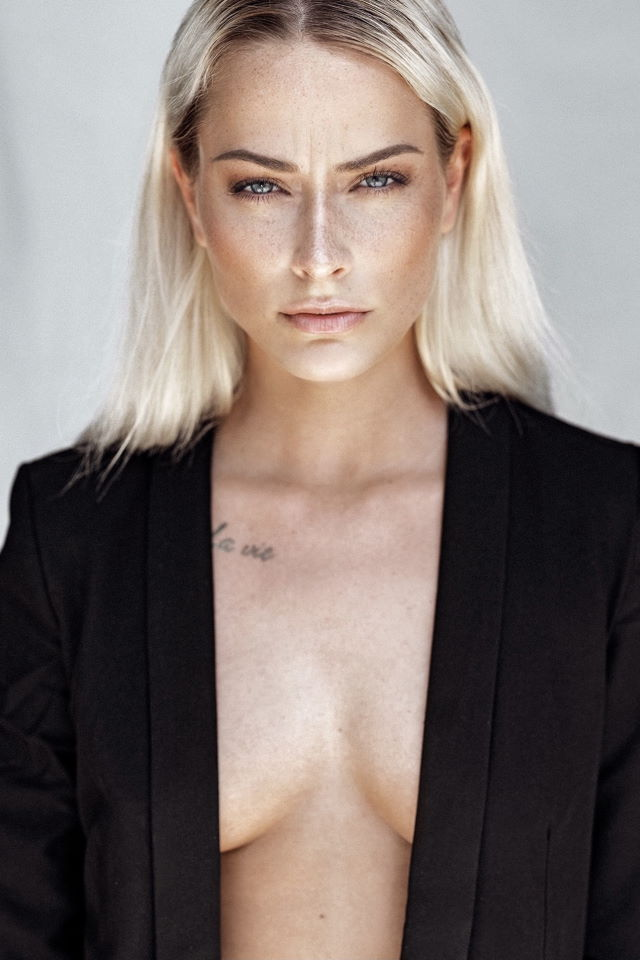 Influencer Marketing - .comTessa - Vanessa Ciomber